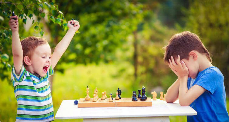 5 Interesting Benefits of Playing Chess with Your Child