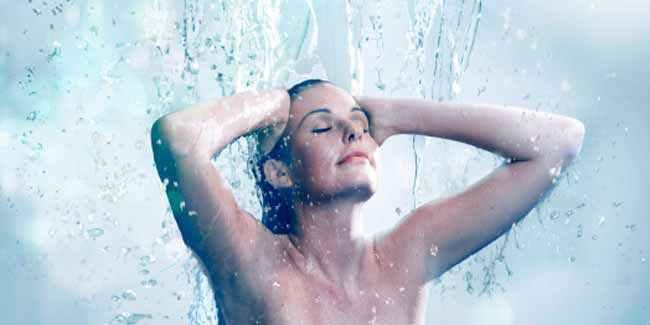 गर्मियों के मौसम में रात को भी नहाएं, होंगे यह 5 जबरदस्त फायदे!