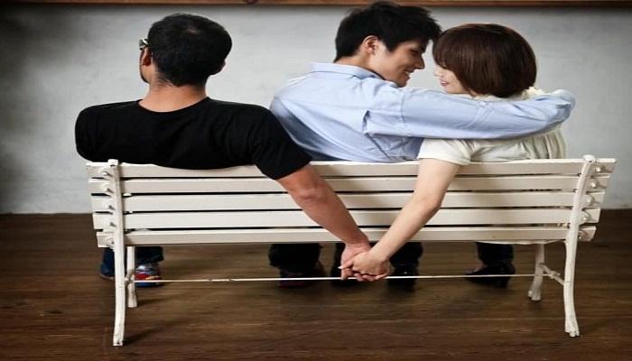जानिए भारत में किस वजह से महिलाएं देती है अपने पति को धोखा