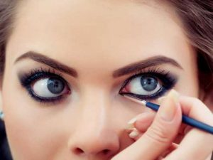 how to apply kajal perfectly