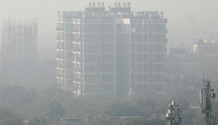 दिवाली के बाद में बढ़ा प्रदूषण लोगो के सांस और आँखों के रोगो में हुआ इजाफा