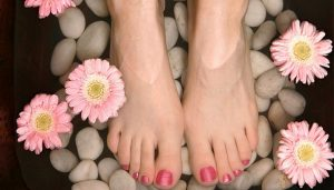 make your foots beautiful and soft